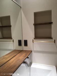 25坪 27坪 平屋 洗面化粧台 おしゃれ ニッチ 真鍮タオルハンガー